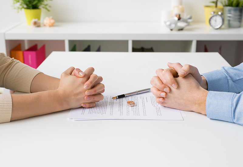 Divorce in Australia - Who Gets What?